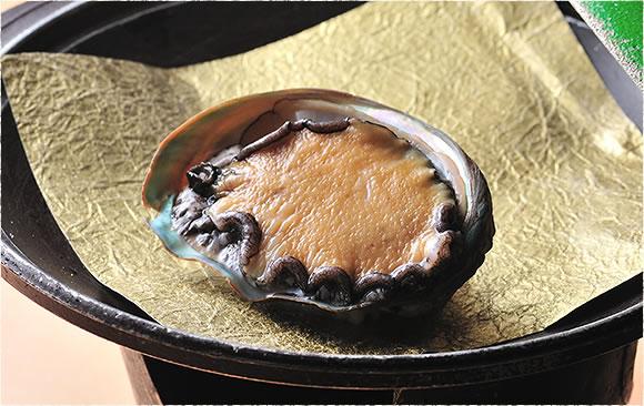 あわびの陶板焼き